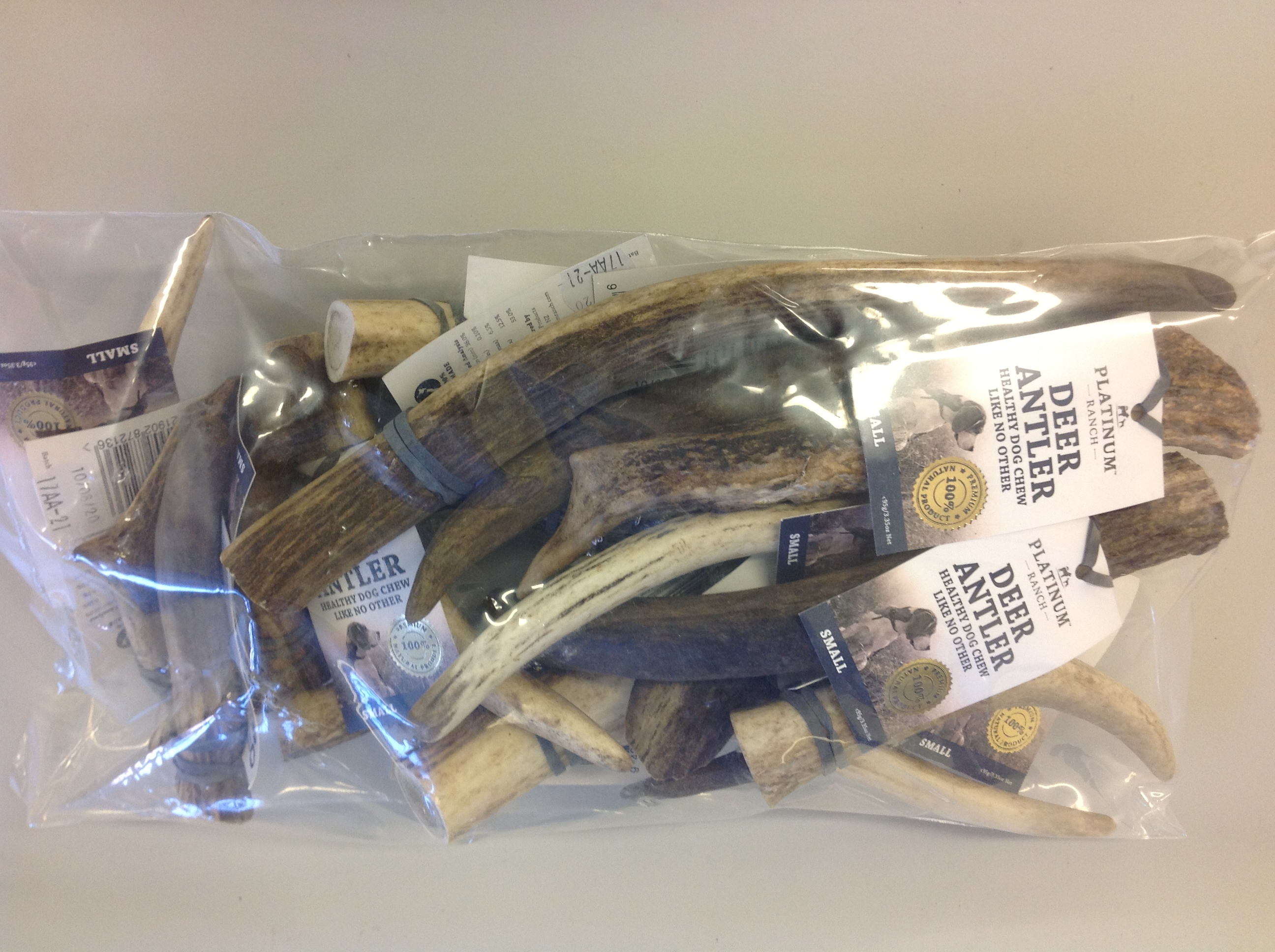 Platinum Ranch Small Deer Antlers 1kg DOG TREAT