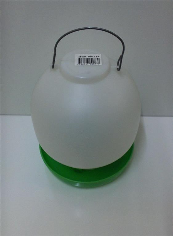 AVICO BALL TYPE WATERER 4 L. (GREEN & WHITE) POULTRY