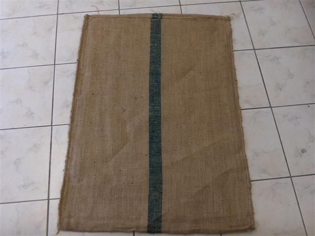REPLACEMENT HESSIAN BAG - (LARGE GREEN)
