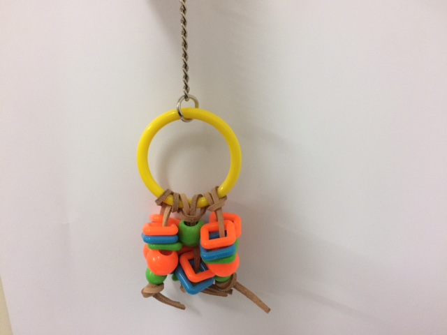 Avione play ring w leather ties bird toy