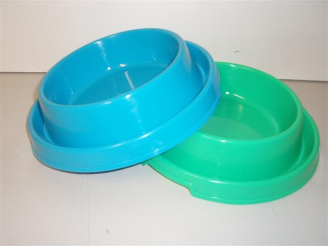 SMALL PLASTIC ANT FREE BOWL