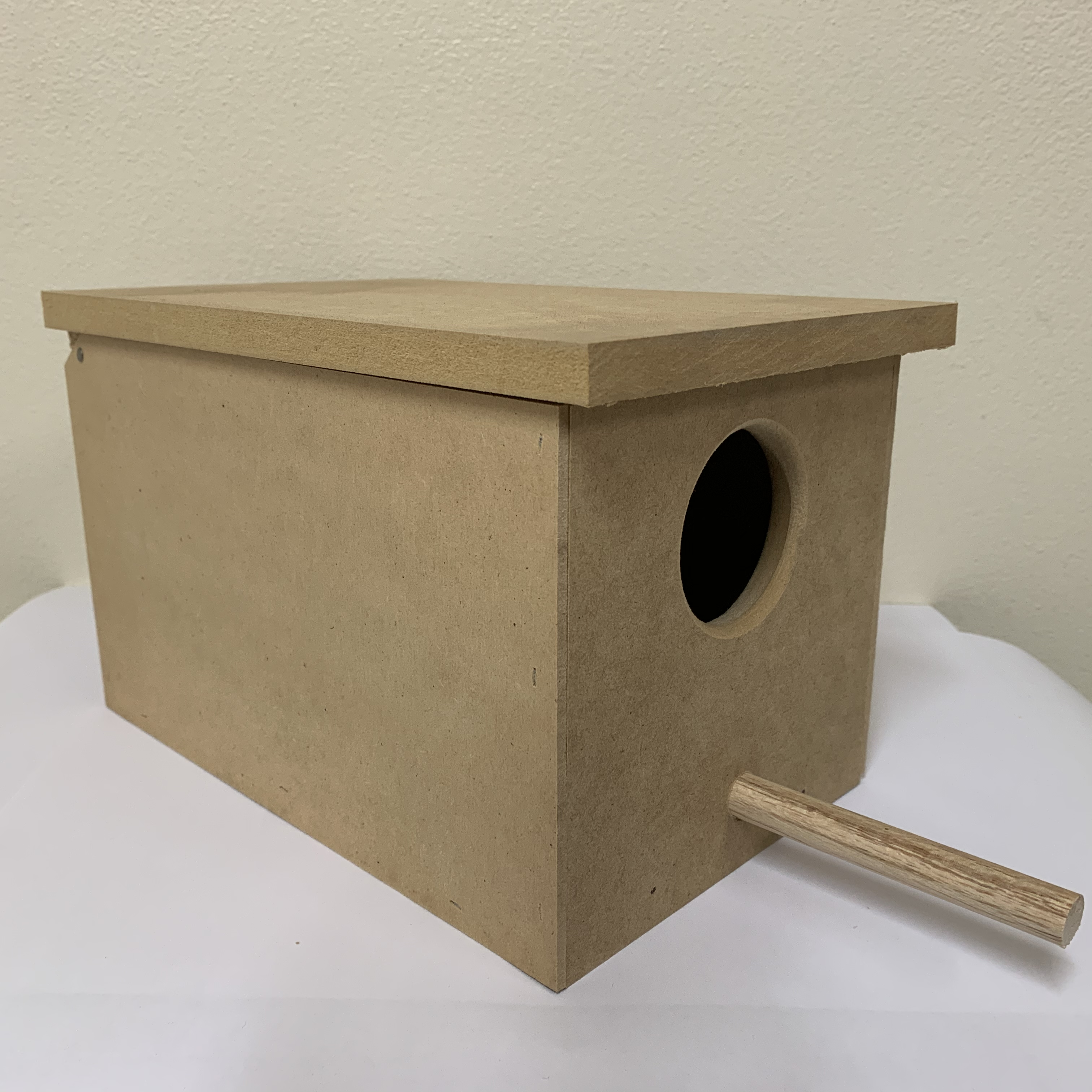 Wooden Budgie nest box w perch